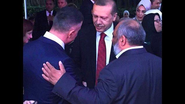 Peker Rize'de miting yaptı, Erdoğan fotoğrafıyla. AKP'den kimse itiraz etmedi, iftara davet etti. AKP'ye yakın kanallardan itibar gördü. Mafya olduğu bilinmiyor muydu?