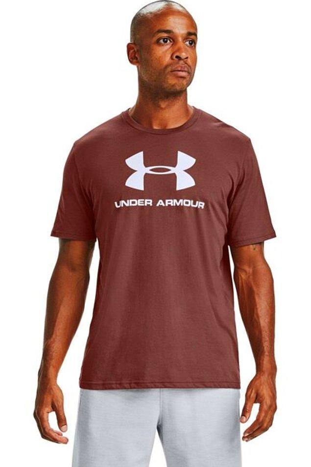 18. İyi ve kaliteli bir tişört arayışındaysanız Under Armour'un ürünleri evladiyelik.