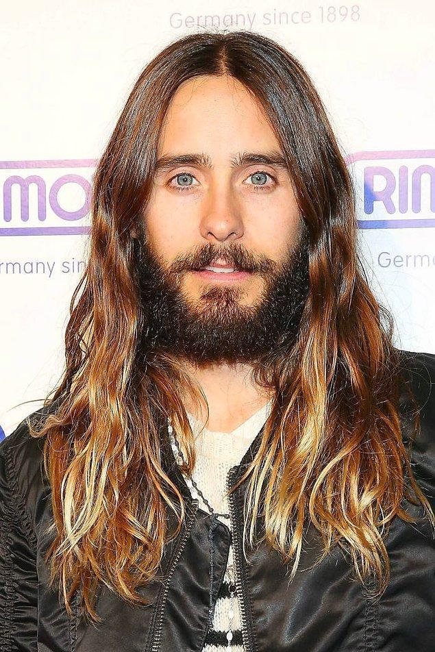 5. Saçlarını uzun kullanan erkekler bunu yapmayı unutmasın.