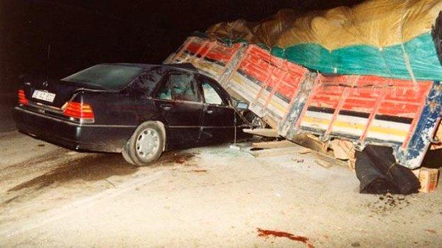 Susurluk kazası: Kamyon neye çarptı?