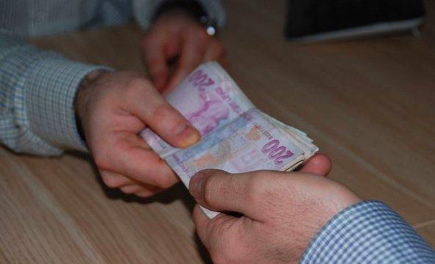 5. Sürekli borç ödemek