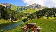 Yeşilin En Güzel Tonunu Bizlere Sunan Artvin'in Cennet Köşelerinden Biri: Karagöl