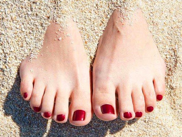 12. Taraklı ayakların denemeden ayakkabı alması riskli olabiliyor.