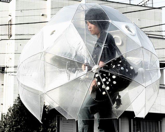 """8. Yağmurdan kurtaran """"şemsiye"""""""