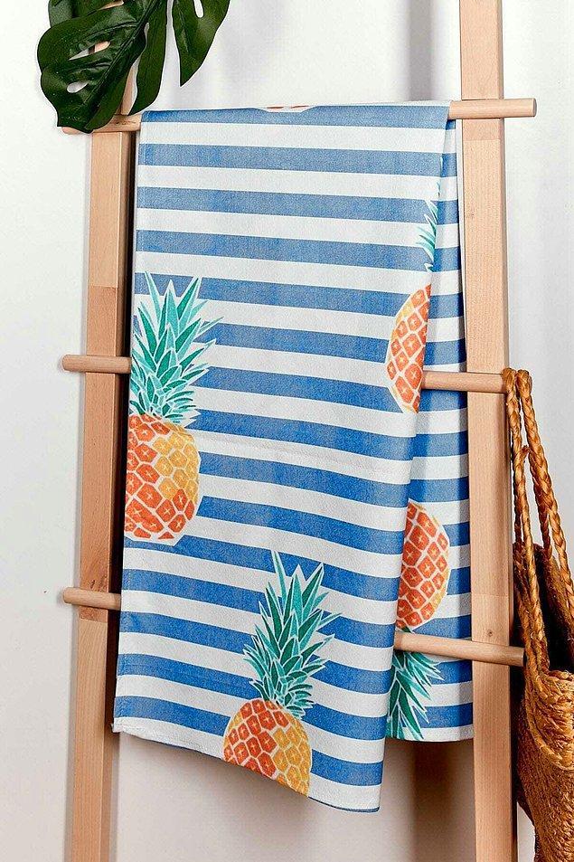 4. Ananaslı çanta seçtiğimize göre birkaç uyumlu ürün daha seçebiliriz...
