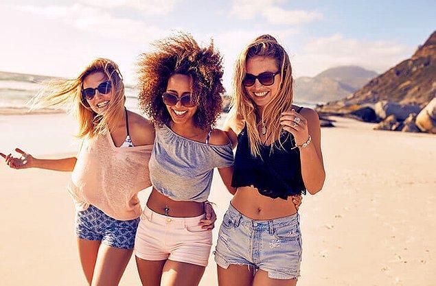Bonus: Tatilde bizi en zengin gösterecek şey birlikte tatil yapacağımız dostlarımızın olması...
