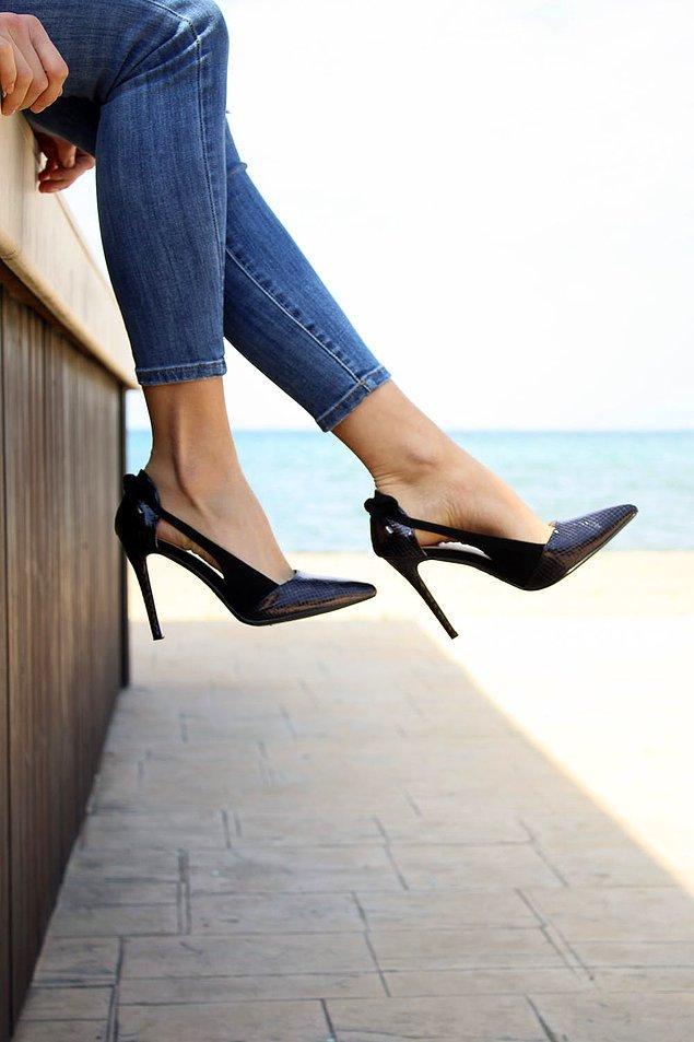 3. Ayakkabının ayağınızı vurmaması için kullanın