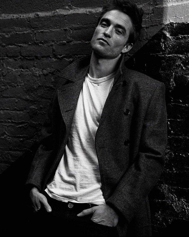 """4. Robert Pattinson, """"normal"""" bir yaşam sürmeyi bıraktığınızda ne kadar yalnız kalabileceğinizi çoğu insanın fark edemediğini söyledi."""
