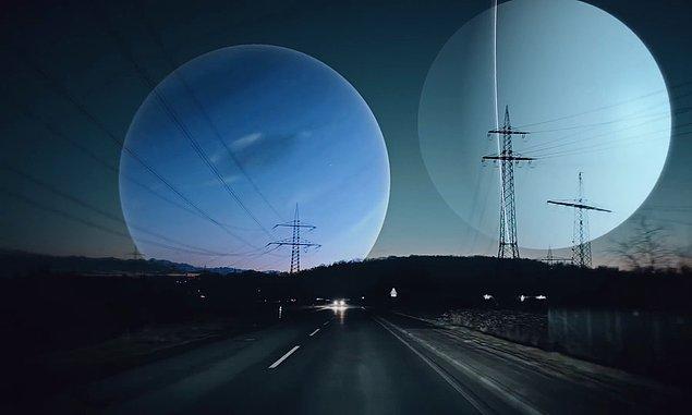 Uranüs ve Neptün'ün gökyüzündeki görüntüleri.