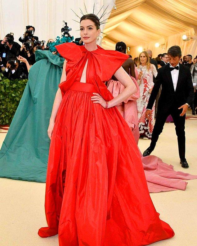 6. Anne Hathaway şöhretin onu oldukça uzun bir süre boyunca mahvettiğini söyledi.
