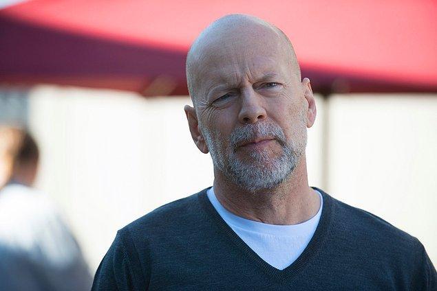 10. Bruce Willis, Olga Kurylenko ve Michael Rooke, Jesse V. Johnson'ın yöneteceği aksiyon-gerilim türündeki White Elephant filminde rol alacak.