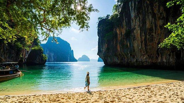 16. Tayland'da Rang Yai Adası