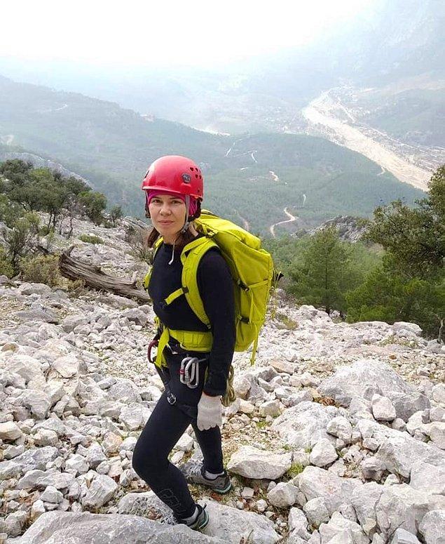 Aramanın 24'üncü gününde bölgede Jandarma İnsanlı Keşif Uçağı (JİKU) ile havadan yapılan taramada dağcının cansız bedeni bulundu.