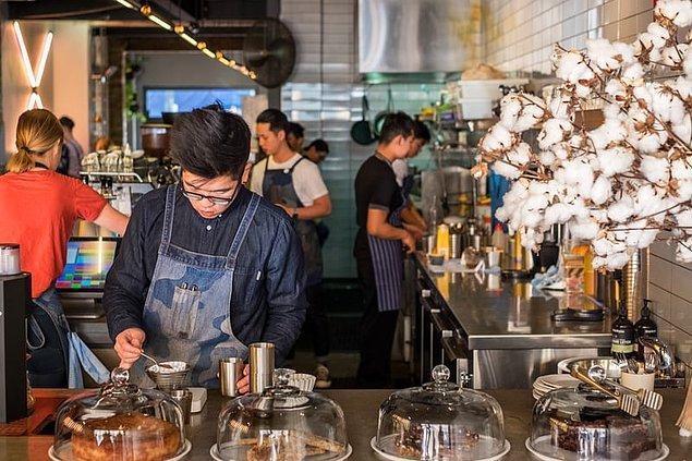 """15. """"Gittiğim her kahveci mükemmeldi. 1 yıl Avustralya'da yaşadım ve çeşitli bölgelerini gezdim, bir kere bile kötü kahve içmedim."""""""