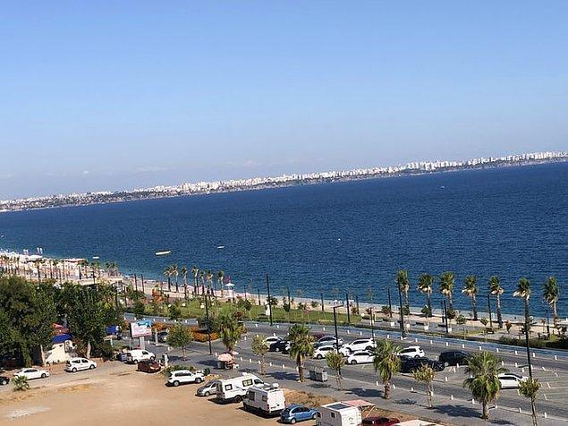 10. Yaz tatili denilince akıllara Antalya ve Konyaaltı plajı gelir.