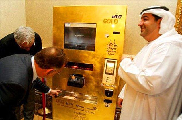 8. Altın çekebileceğiniz bir makine.