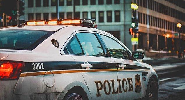 """17. """"Yan dairemizde yaşayan kadın yüzünden her hafta polisi aramak zorunda kalıyorduk..."""""""