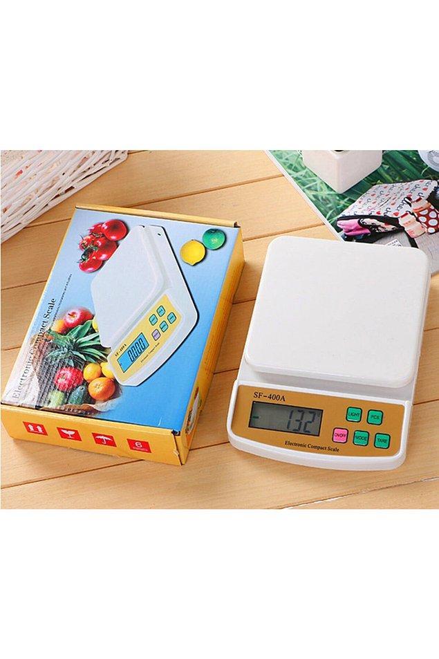 11. Kibrit kutusu büyüklüğünde peynir yemeyen var mı?