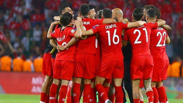 EURO 2016'da İzlanda'ya karşı kazandığımız frikiği hangi oyuncumuz gole çevirmişti?