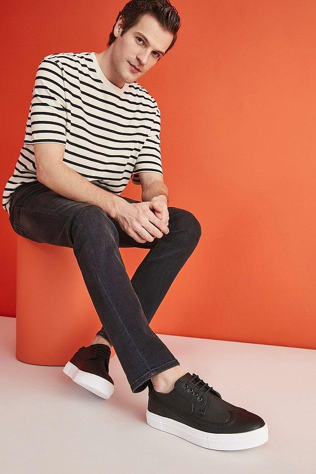 12. Erkek Sneaker