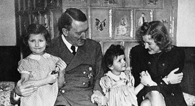 Hitler Eva'nın evlenme teklifini reddettiğinde Eva 2 kere intihar etti.