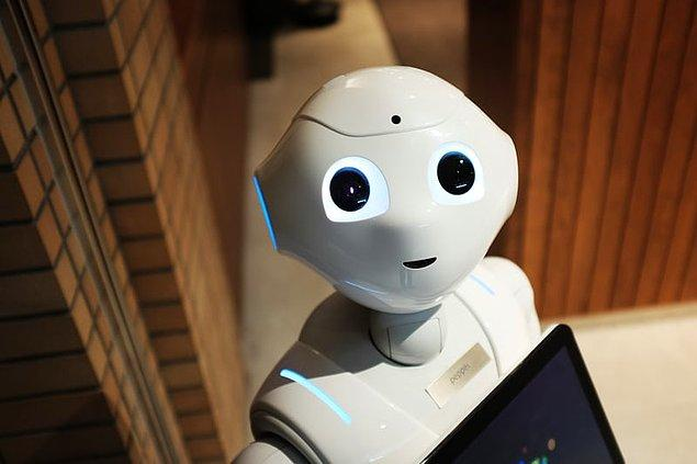 14. Robot kelimesi ilk kez Çek yazar Josef Capek tarafından kullanılmıştır.
