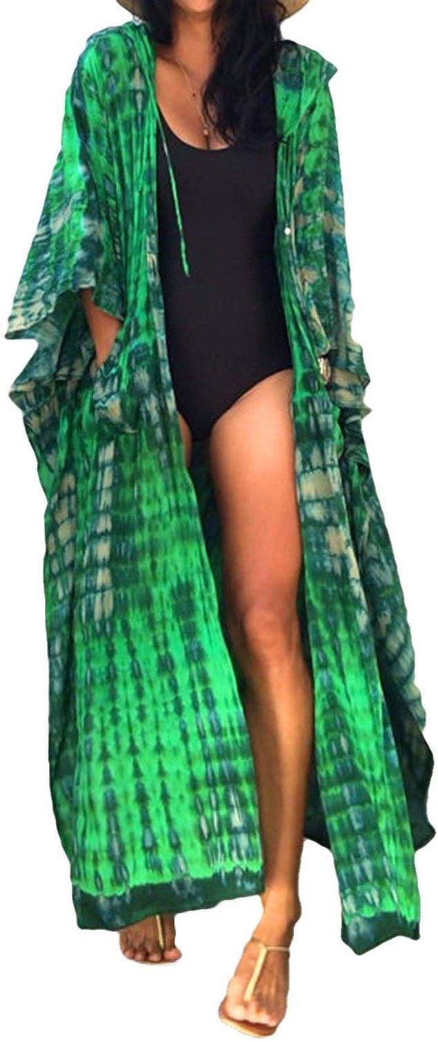 18. Bu kimonoyu kısa şortlarla kombinleyip kullanabilirsiniz.