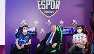 """AK Gençlik Espor Turnuvasının Finaline Katılan Cumhurbaşkanı Erdoğan: """"Esporu Desteklemeyi Sürdüreceğiz."""""""