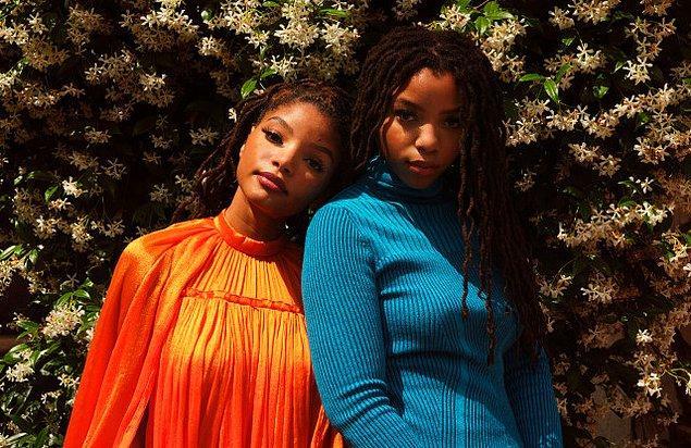 Chloe x Halle şimdilerde R&B müziğin yeni soluğu iki genç kadından oluşan bir müzik ikilisi.