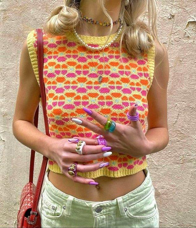 Stilini renkli aksesuarlarla destekle. 👌