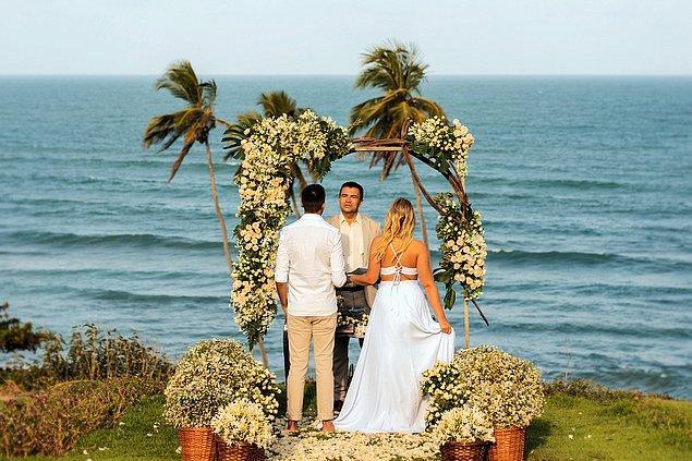 8. Guam'da bakirelerin evlenmesi yasak.