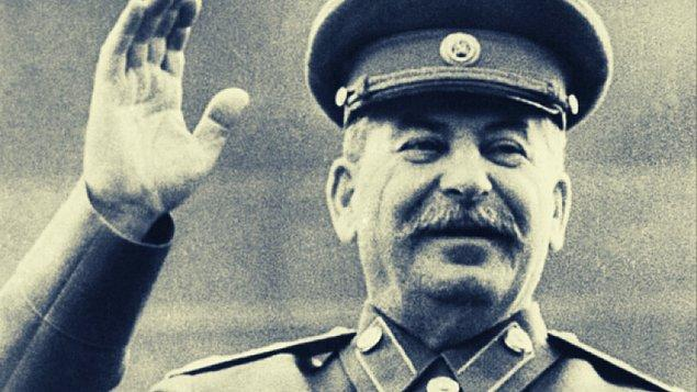 Stalin, 1928'de her etnik gruba bir özerk oblast (eyalet) verme projesini hayata geçirir. Bu projenin öncelikli amacı etnik grupların kültürel kimliklerini geliştirmek olsa da...