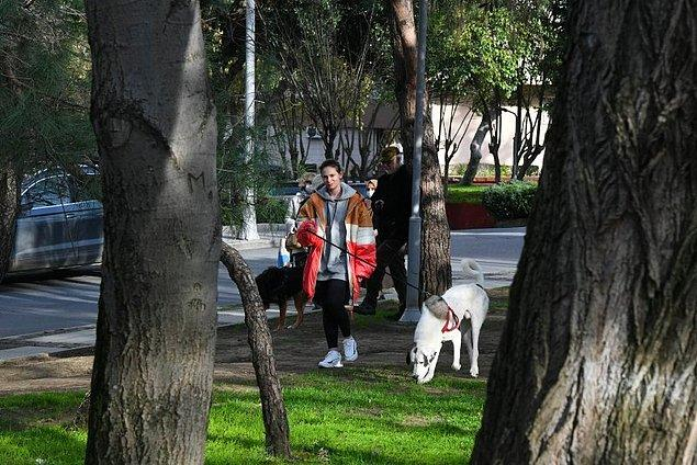 Hayvanlara olan düşkünlüğüyle de bilinen Farah Zeynep Abdullah'ın iki tane köpeği var, belki görmüşsünüzdür.