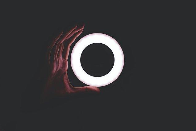 8. Ring light sadece influencer'ların kullandığı bir araç olmaktan çıktı.