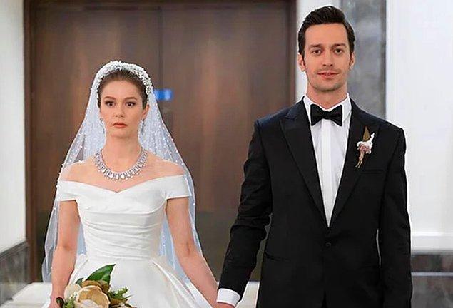 4. 'Camdaki Kız' dizisinin sezon finalinde Burcu Biricik'in giydiği gelinlik rekor fiyata satıldı!