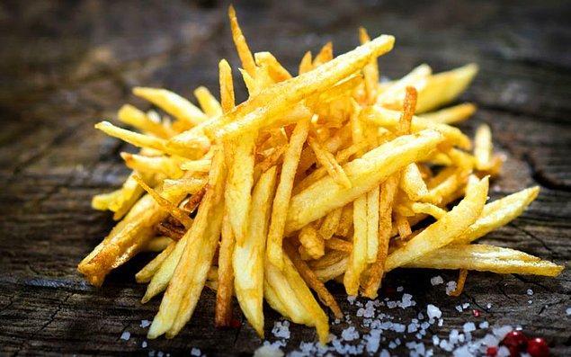 Bir kaşık yağ ile dışı çıtır içi yumuşacık patatesler artık mümkün!