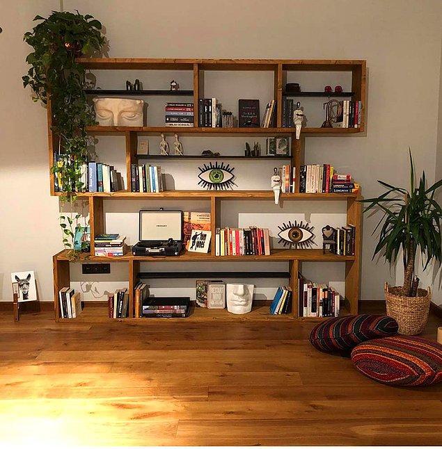 2. Böyle bir kitaplığın olduğu odaya başka bir eşya koymasanız da olur.