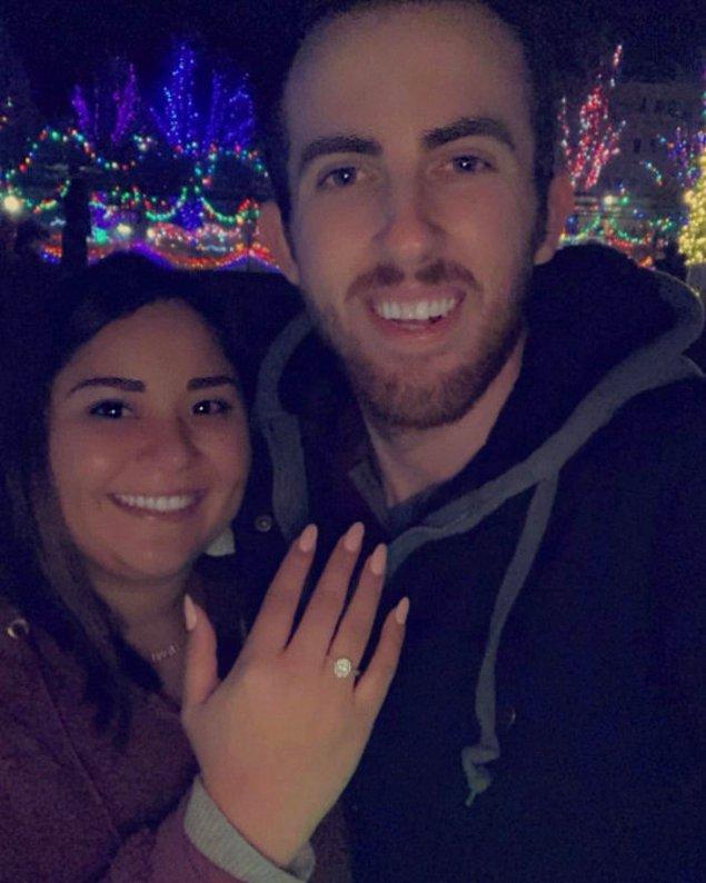 Geçtiğimiz sene 26 yaşındaki Griselda ile nişanlanan Wesley'nin gelecek ay evlenme planları var!