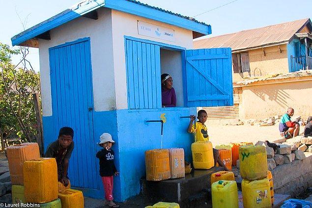 28. Madagaskar aynı zamanda dünyanın en fakir 12 ülkesinden biridir.