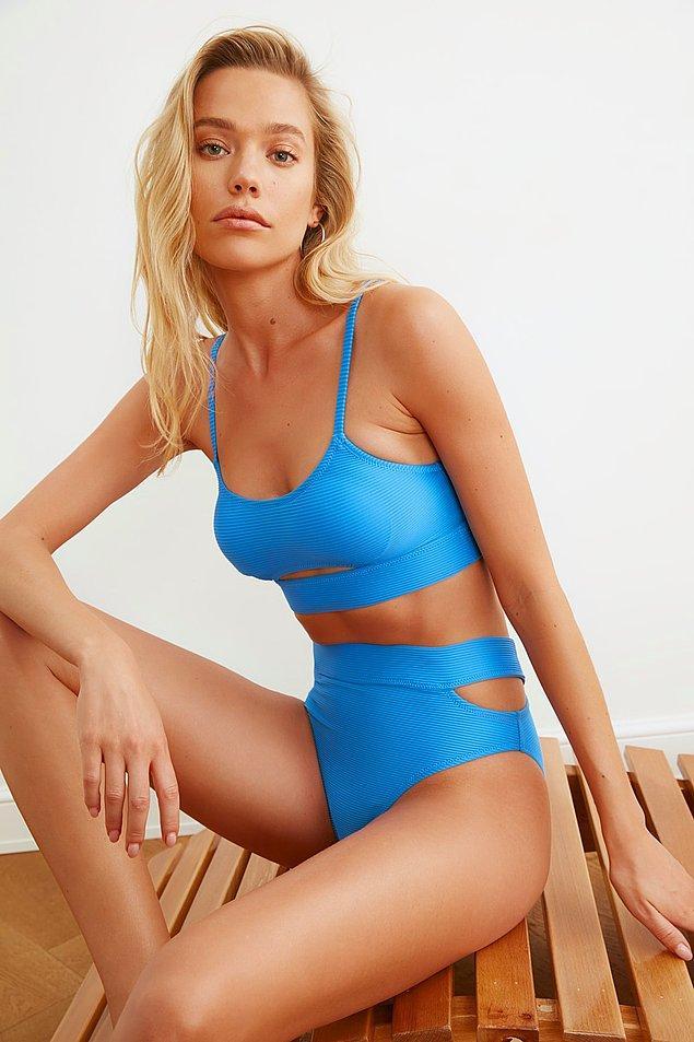 1. Birbirinden şık bikiniler