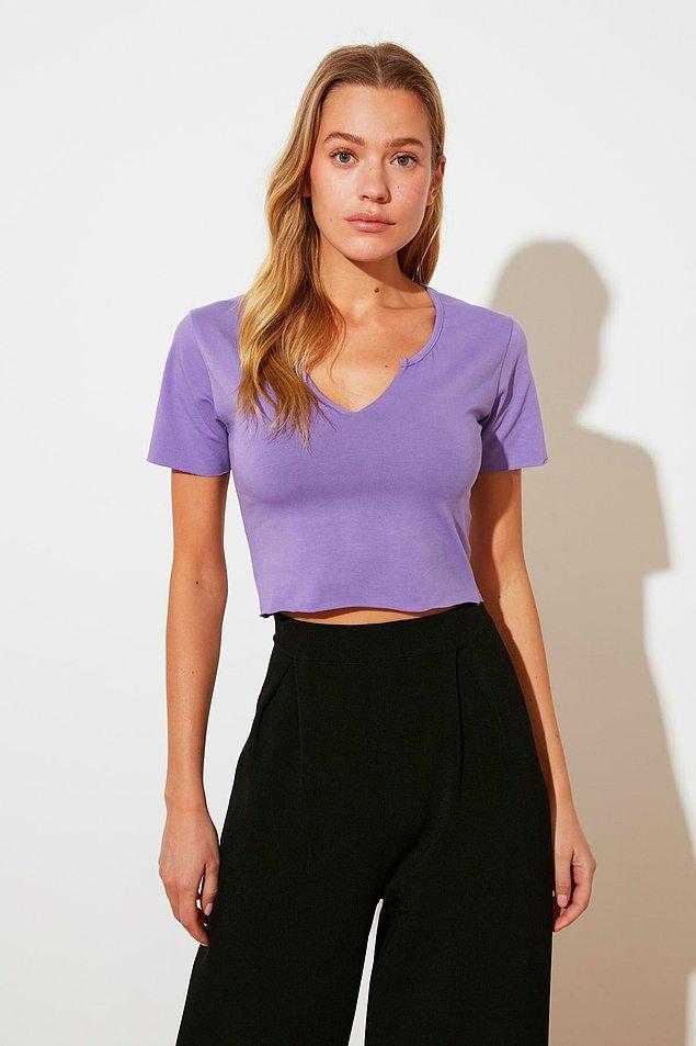 6. V yaka tişört