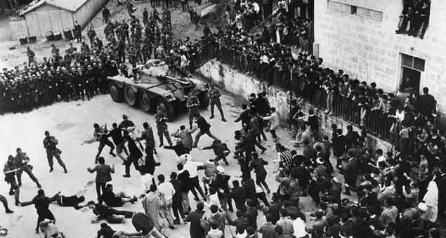 16. La battaglia di Algeri (1966)