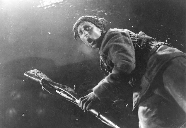 10. Oktyabr (1927)