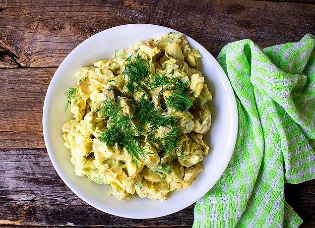 3. Avokadolu Patates Salatası Tarifi: