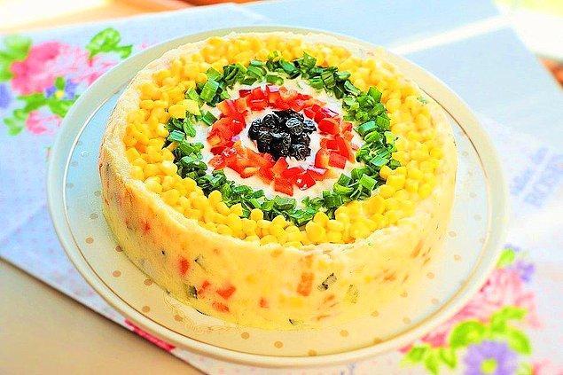 9. Kek Kalıbında Patates Salatası Tarifi: