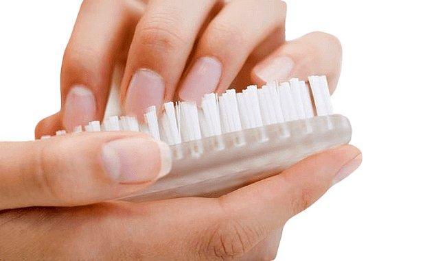 3. El temizliğinin en önemli aşaması: tırnak arası temizleme!
