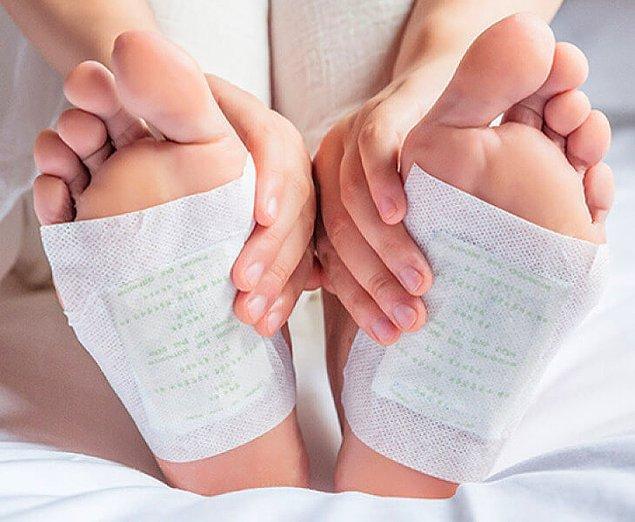 8. Detox ayak bantları sayesinde vücudunuzdaki toksinlerden kurtulabilirsiniz.