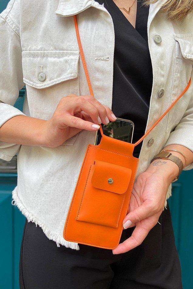 12. Renkli ve kullanışlı telefon çantaları