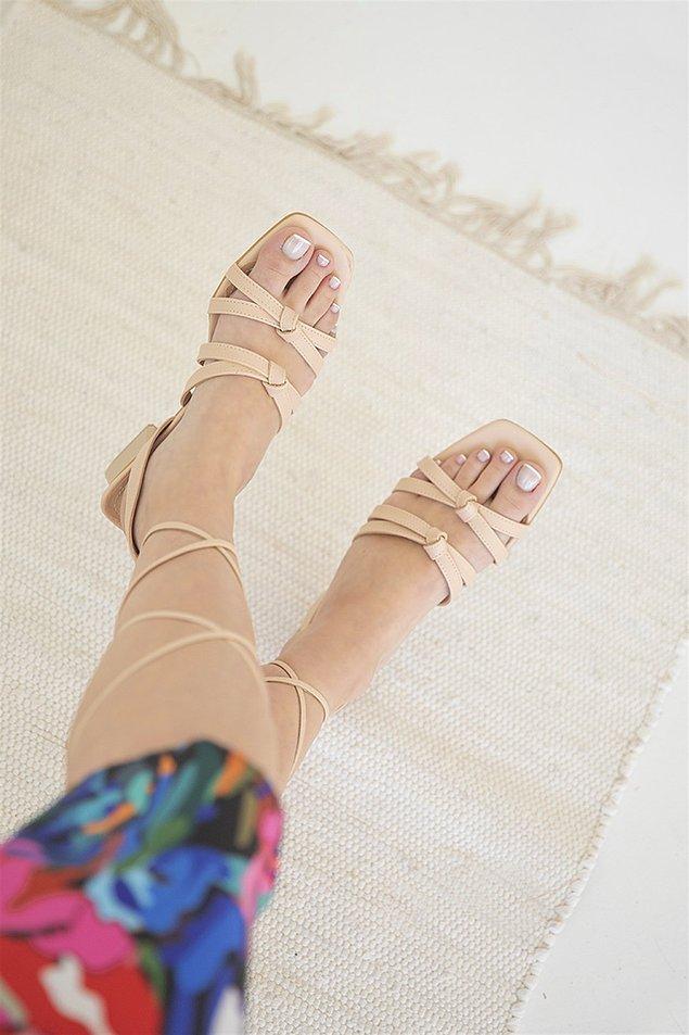 12. Yazın herkesi etkilemenize yardımcı olacak sandalet modelleri! 😍
