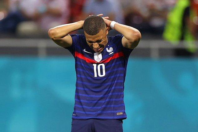Fransa turnuvaya veda etti